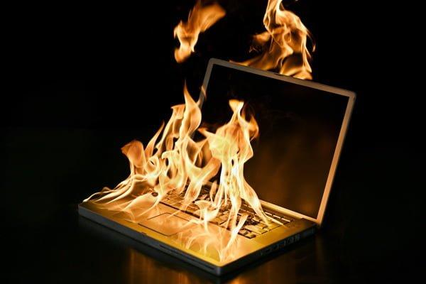 Laptop Isınma Sorunu ve Çözümü Laptop Isınma Sorunu Nasıl Düzeltilir?